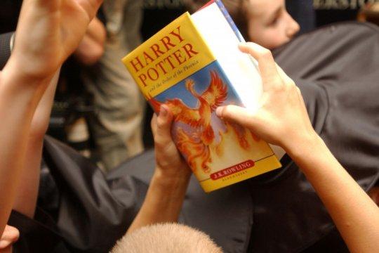 Peringatan 20 tahun film Harry Potter dirayakan dengan acara kuis