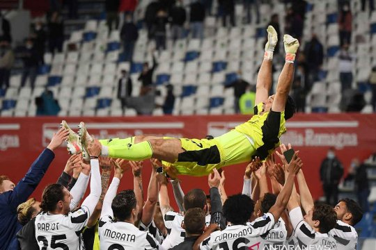 Buffon akui nyaris gabung Barcelona sebelum putuskan pulang ke Parma
