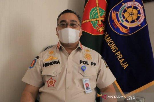 Satpol PP Kota Tangerang bantu pengamanan tes cepat antigen di pasar