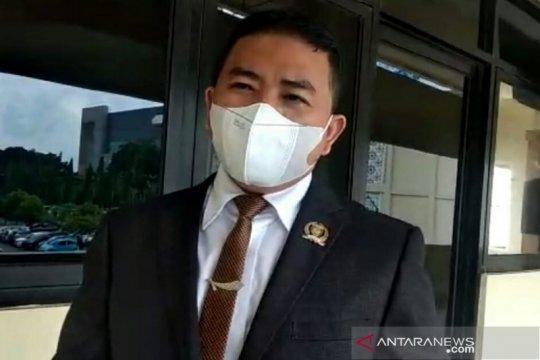Wakil Ketua Komisi V DPRD Sumsel nilai Kota Palembang perlu jam malam