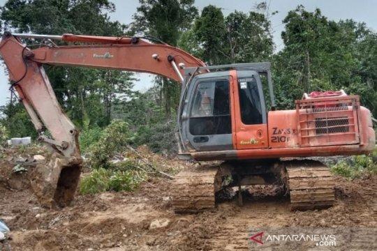 Polisi menangkap tiga penambang emas ilegal di Nagan Raya Aceh