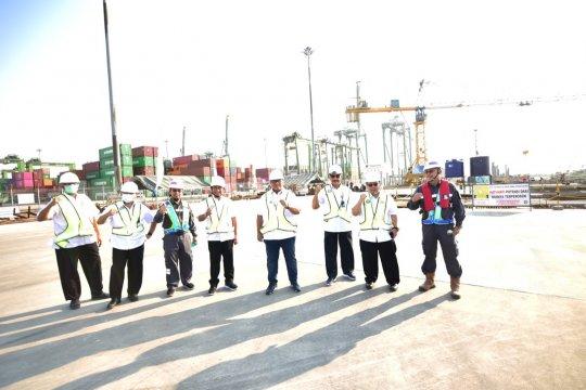 Pembangunan proyek Pelabuhan Terminal Petikemas Kalibaru memuaskan