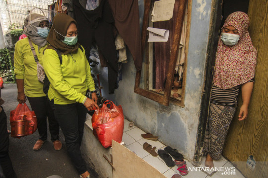 Jakarta kemarin, warga meninggal saat isoman hingga keterisian RS