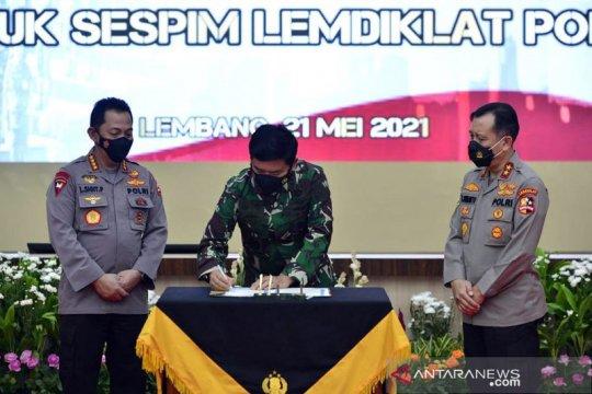Kapolri-Panglima kunjungi Lemdiklat TNI dan Polri perkuat sinergi