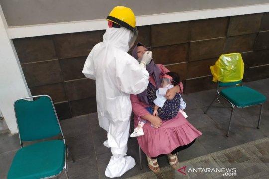 Dinkes Bandung dapati 36 orang positif COVID-19 dari tes antigen acak