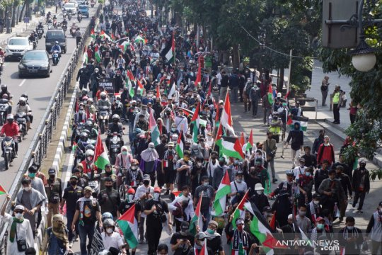 Seribuan orang di Bandung tuntut Israel hentikan serangan ke Palestina