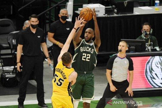 Khris Middleton bawa Bucks rebut gim pertama atas Heat