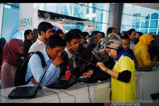 Penduduk usia kerja terdampak COVID-19 di Riau turun 205.650 orang