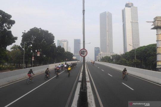 """Ini alasan DKI bolehkan """"road bike"""" di JLNT Kampung Melayu-Tanah Abang"""