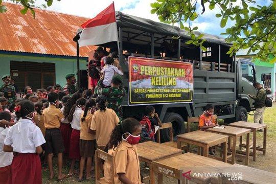 Angkut ribuan buku, Satgas RI-Timor Leste buka perpustakaan keliling