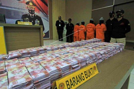 Polres Indramayu tangkap pengedar uang palsu senilai Rp11,5 miliar