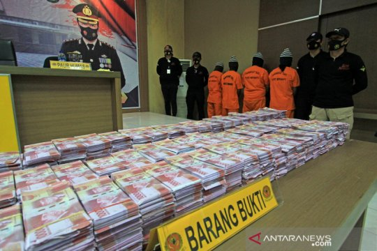 Rilis peredaran uang palsu di Indramayu