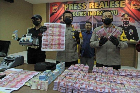Kemarin, sindikat uang palsu hingga anggota KKB ditangkap