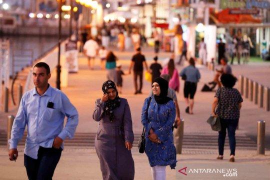 Aktivitas sejumlah warga Israel di masa gencatan senjata dengan Hamas
