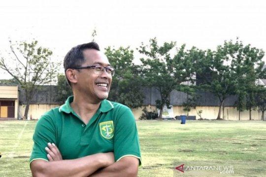 Aji Santoso ajak suporter Persebaya Surabaya lakukan vaksin