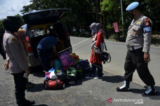 Polda Sulsel perpanjang masa penyekatan kendaraan hingga 31 Mei