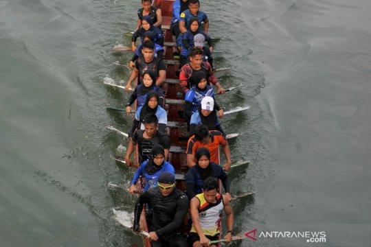 Latihan dayung jelang PON 2021 Papua