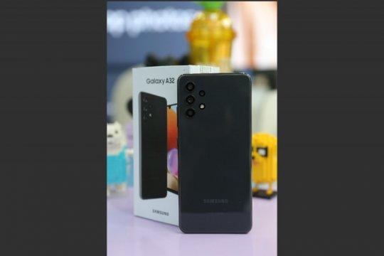 Dua ponsel Samsung bisa terkoneksi ke 5G