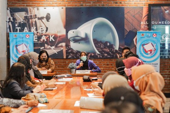Pengrajin batik Kediri manfaatkan medsos perluas pasar hasil produksi