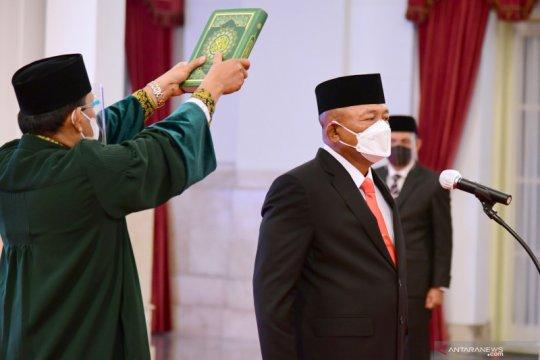 Kemarin, Ganip Warsito Kepala BNPB hingga orang asli Papua pimpin BUMN