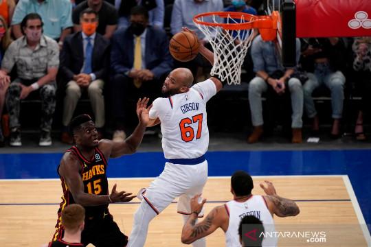 Derrick Rose bantu Knicks balas kekalahan atas Hawks