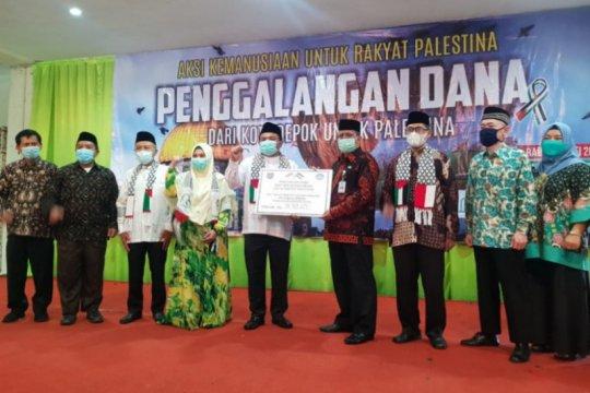 Disdik Depok serahkan bantuan kemanusiaan Rp911 juta untuk Palestina