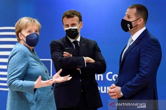 Merkel: Para pemimpin NATO bahas disinformasi Rusia, China