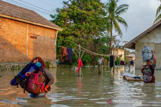 Banjir rendam ratusan rumah di Karawang Jawa Barat