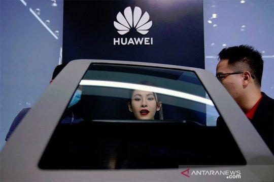 OS baru Huawei dan upaya industri perangkat lunak atasi tekanan AS