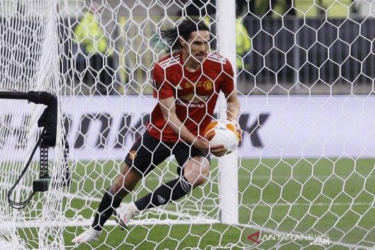 Cavani samakan kedudukan, final Liga Europa lanjut ke babak tambahan