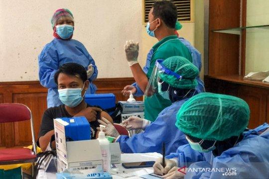 11,3 juta penduduk Indonesia selesai jalani vaksinasi COVID-19