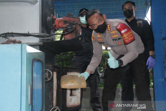 Ganja 165 kg dan sabu 4,5 kg dimusnahkan di Jakarta Barat