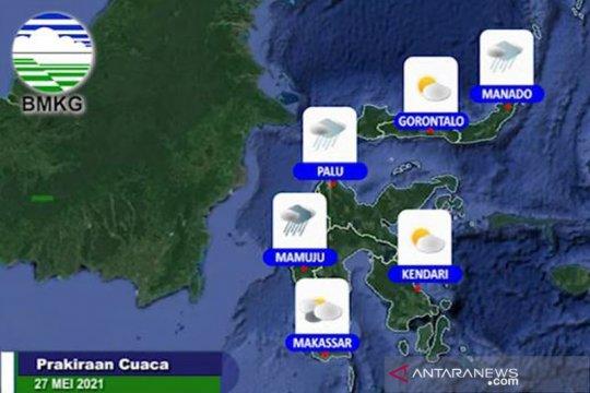 BMKG ingatkan potensi hujan lebat disertai angin di beberapa wilayah