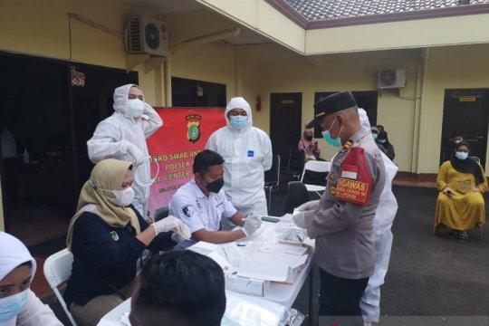 Polsek Cilandak tes antigen 409 warga yang telah balik ke Jakarta