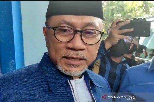Zulkifli Hasan batal bertemu Ganjar Pranowo di Semarang