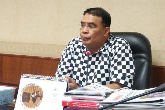 Rahakbauw, Ketua Komisi III DPRD Maluku minta maaf kepada pers
