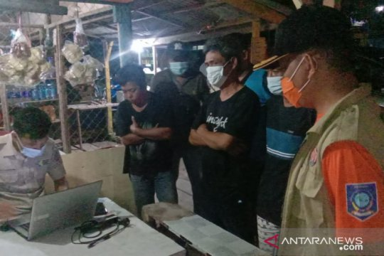 Sopir angkutan logistik di Pelabuhan Tanjungkalian wajib tes usap