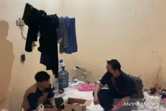 Polres Metro Jaksel gerebek produksi tembakau sintetis di Banten