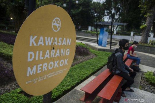 Merokok di kawasan tanpa rokok kena denda Rp500 ribu di Kota Bandung
