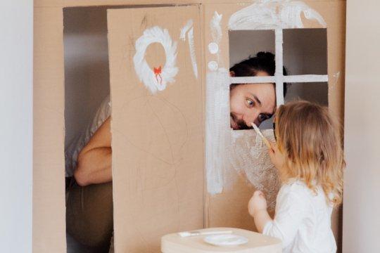 Kasus COVID-19 melonjak, orang tua perlu ubah konsep liburan