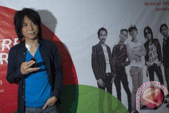 """Mantan kepala Bekraf dan musisi dukung Abdee """"Slank"""" komisaris Telkom"""