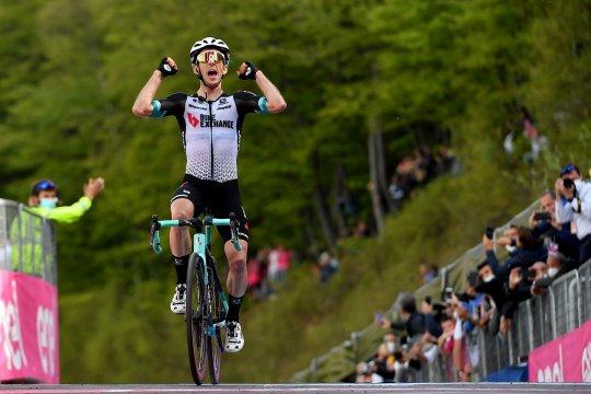 Yates juarai etape 19 tapi Bernal tetap puncaki klasemen Giro d'Italia