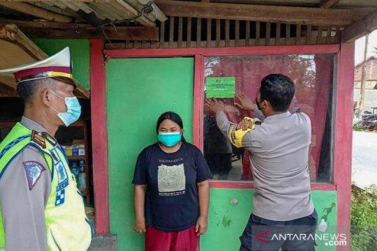 Satgas COVID-19 Bekasi tempel stiker rumah pemudik