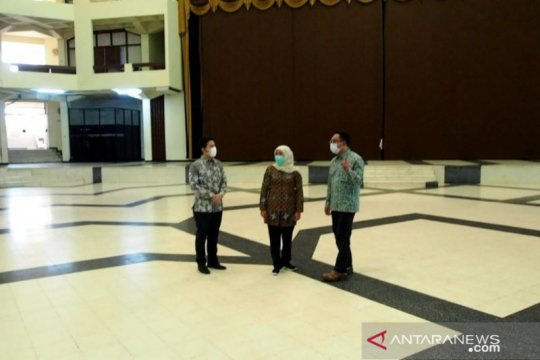 Kang Emil survei lokasi desain masjid Islamic Centre Surabaya