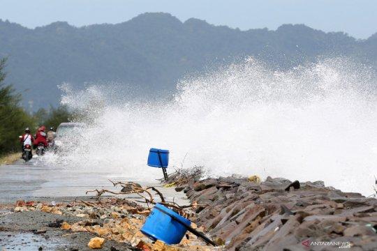 BMKG keluarkan peringatan hujan lebat di beberapa wilayah