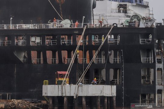 Industri galangan kapal Batam