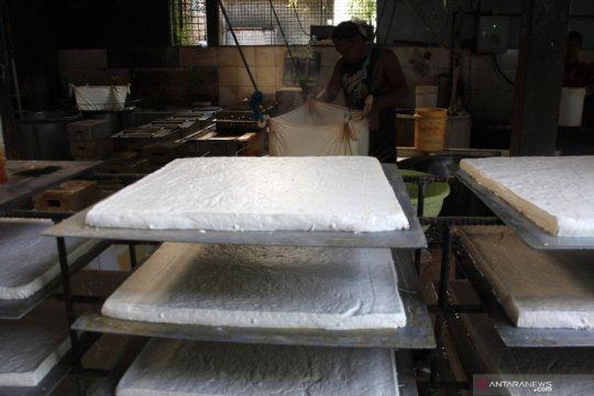 Harga kedelai turun, Kemendag harap perajin tahu bergairah produksi