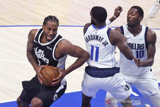 Kawhi Leonard pimpin Clippers imbangi Mavericks 2-2