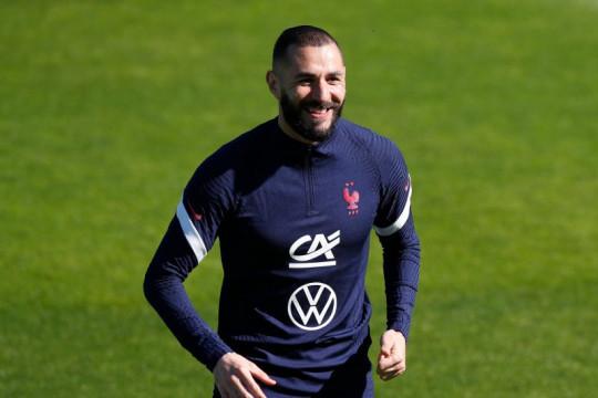 Karim Benzema positif terpapar COVID-19