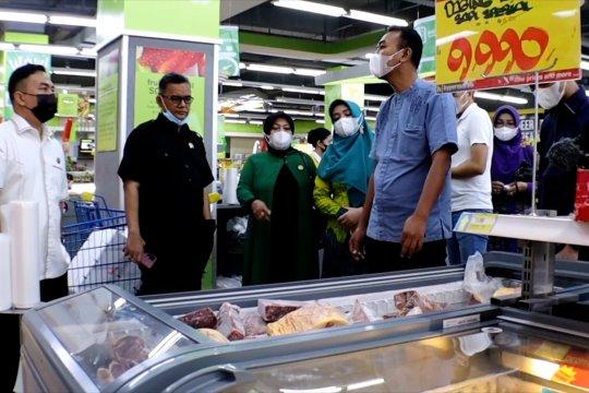 DPRD Kota Pontianak dan Diskumdag sidak pasar modern